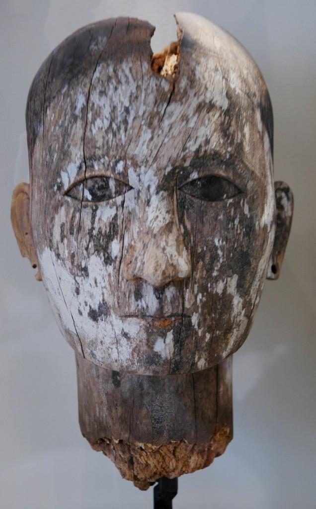 Expertise d'objets en bois: datation c14, authentification par méthode scientifique